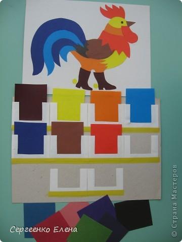 Работаю в детском саду почти 20 лет. За это время накопилось много дидактических игр по изодеятельности, сделанных своими руками. Эти игры можно применять в индивидуальной работе с детьми, закреплять пройденную тему и в диагностике. Предлагаю Вам несколько игр. Игры на развитие цветовидения. Собираем букет для Снегурочки (холодные) и для Солнечного Лучика (тёплые). фото 11