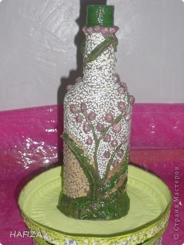 шкатулка из лалье-маше обклеенная яичной скорлупой.                    бутылка украшена бумажным тестом фото 5