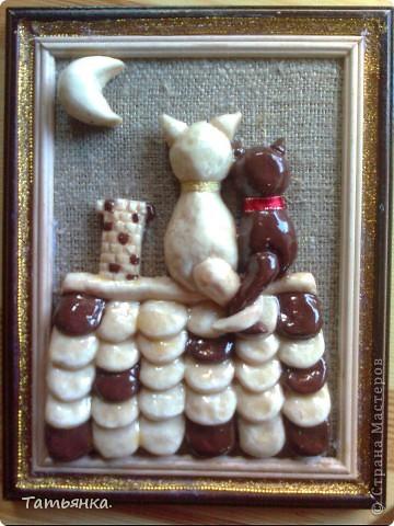 Мои влюбленные котики. За идею спасибо мастерицам сайта. Делалась на подарок. Надеюсь понравится.