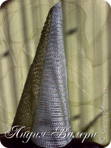 Так как гласит календарь Новый 2012 год - год черного водяного дракона. Вот у меня и появилась идея сделать елочку, но не простую, а  приносящую удачу, счастье, богатство.... в Новом 2012 году. фото 17