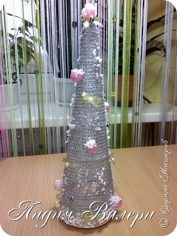 Так как гласит календарь Новый 2012 год - год черного водяного дракона. Вот у меня и появилась идея сделать елочку, но не простую, а  приносящую удачу, счастье, богатство.... в Новом 2012 году. фото 12