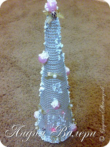 Так как гласит календарь Новый 2012 год - год черного водяного дракона. Вот у меня и появилась идея сделать елочку, но не простую, а  приносящую удачу, счастье, богатство.... в Новом 2012 году. фото 5