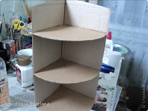 Полочка для книг из картона