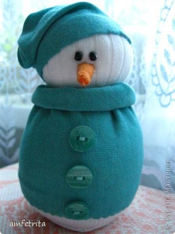 Мой снеговичок по мастер-классу Iulia Юля http://stranamasterov.ru/node/260406?tid=451  Сынулькин оценил, теперь без него спать не ложиться :) фото 1