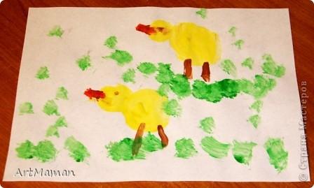 Рисовала все доча (2,2 г.), я только подсказывала и помогала кисточку в краску макать. Но это из последнего...  фото 5