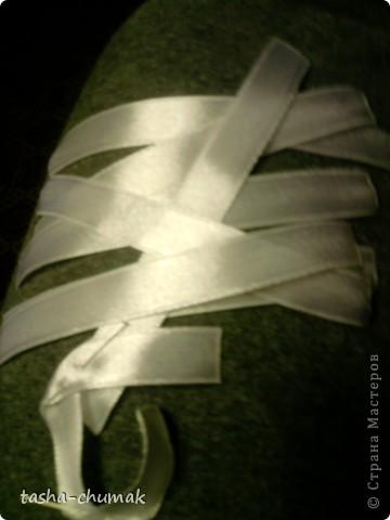 Для Наташи на её ДР. Фото, правда, уже на второй день,но... Как можно вышивать на двойной полочке, да еще и без ленточек на изнанке? Времени почти нет! Анютки делала почти в аврале!.... фото 3