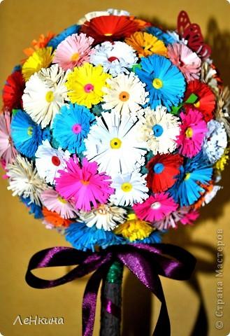 Подглядела я цветочки https://stranamasterov.ru/node/46090?c=favorite и шарики https://stranamasterov.ru/node/90083 и захотелось мне вырастить своё цветочное дерево! фото 2