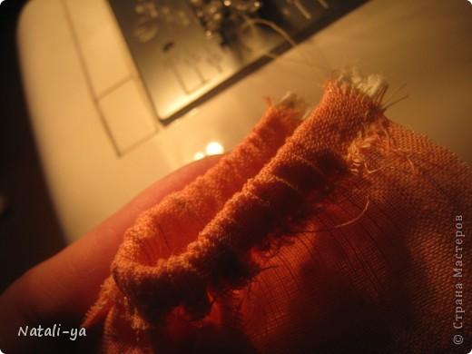 Предположим, что выкройка у Вас есть...:) Ну что делается с выкройкой, думаю, не надо описывать)) Прострочила ножки, ручки,тельце. Задняя часть головы из двух частей, передняя - из одной. Сшила, оставила проем для вставки на шею... фото 28