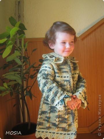 Маленькая модель моя племяша-крестница Яринка. Обновка не для нее но она очень была доволь примеркой фото 3