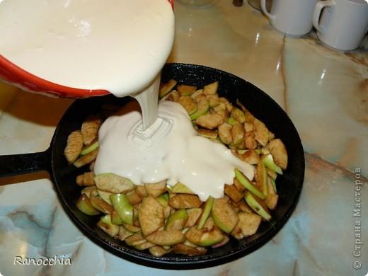 Этот рецепт многим знаком, но не всем, так что может и пригодиться кому-нибудь =)))  1. Нарезаем яблочки. фото 7