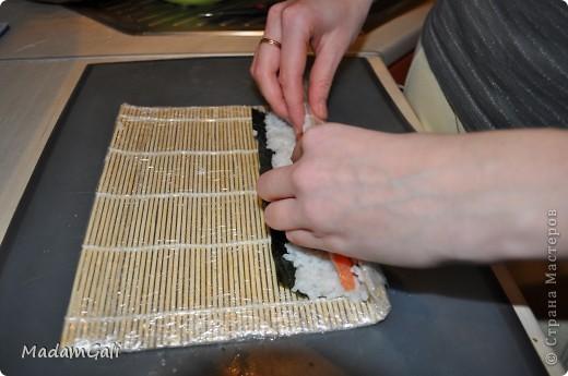 Простые роллы с лососем ( Хосомаки Сяке маки) фото 14