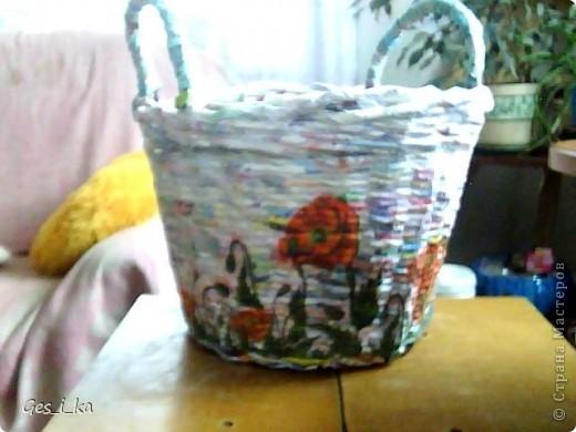 сплела кашпо для цветка/ размер в высоту 24см, диаметр дна 24 см, диаметр верха 33 см. Теперь хочется такую корзинку. фото 1