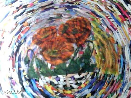 сплела кашпо для цветка/ размер в высоту 24см, диаметр дна 24 см, диаметр верха 33 см. Теперь хочется такую корзинку. фото 3