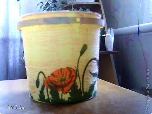 сплела кашпо для цветка/ размер в высоту 24см, диаметр дна 24 см, диаметр верха 33 см. Теперь хочется такую корзинку. фото 6