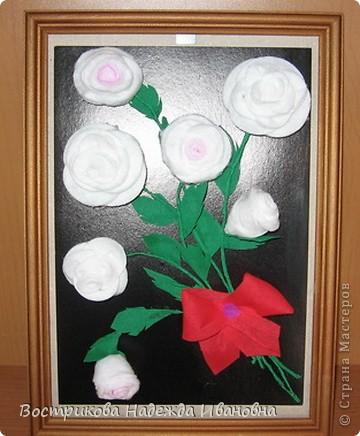 Розы из ватных тампонов фото 1