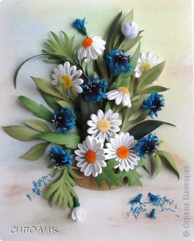Небольшая работа сделана  в подарок чудесной девушке Александре, большой любительнице полевых цветов. Надеюсь,что ей понравится моя работа. Васильки я делала по МК  Наташи Ковшарь http://www.liveinternet.ru/users/4018134/post152300469/ Наташенька, спасибо!!!! фото 1