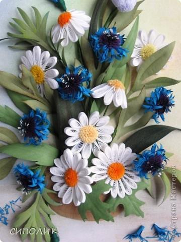 Небольшая работа сделана  в подарок чудесной девушке Александре, большой любительнице полевых цветов. Надеюсь,что ей понравится моя работа. Васильки я делала по МК  Наташи Ковшарь http://www.liveinternet.ru/users/4018134/post152300469/ Наташенька, спасибо!!!! фото 2