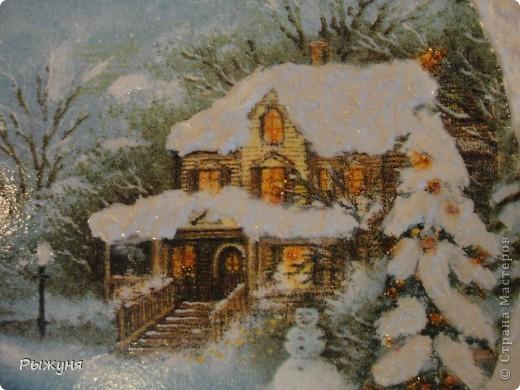 """Здравствуйте Мастерицы!!!! Зима на дворе и поэтому  опять новогодние тарелочки.Использовала мотивы нескольких салфеток, пасту """"белый снег"""", глиттерную пасту, финишный лак Тиккурила фото 6"""