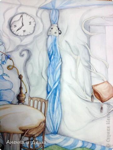 """Здравствуйте! Сегодня я покажу вам некоторые из моих рисунков. На этом фото можно увидеть эскиз и основной рисунок """" Комната Алисы"""". Эта работа выставлялась на конкурс по оформлению комнат, интересным решениям. фото 4"""