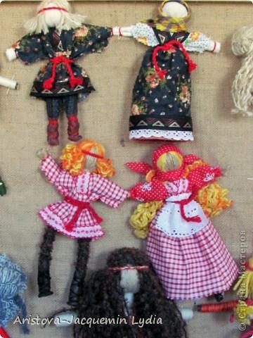 Коллекция моих кукол на рогатине увеличивается. Иногда просто невозможно устоять от красоты и изящества рогатины. Вот так и рождаются куклы в танце. фото 6