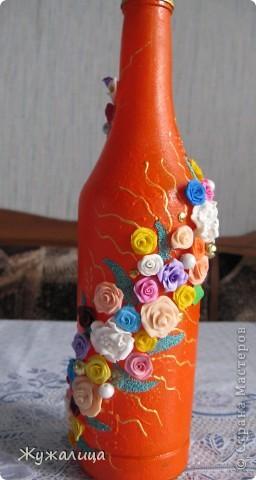 Вот такая бутылочка получилась, пока была в гостях у мамы. Очень понравилось расписывать точками. фото 3