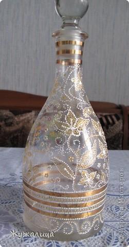 Вот такая бутылочка получилась, пока была в гостях у мамы. Очень понравилось расписывать точками. фото 5