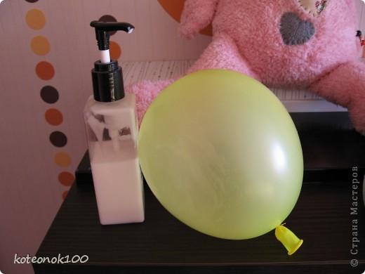 Изготовка таких шариков не занимает много времени, это легко и красиво. Они прекрасно украсят ваш дом перед наступающим праздником. фото 5