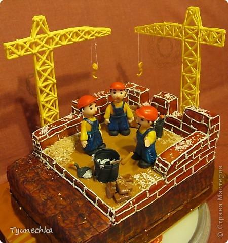 Именинный торт для профессионального строителя. Именинник был шокирован, но очень доволен :) фото 7