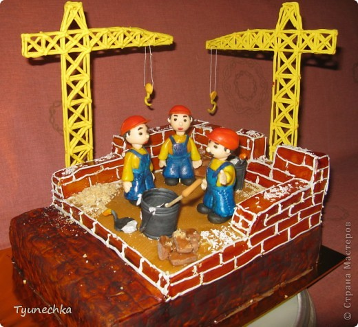 Именинный торт для профессионального строителя. Именинник был шокирован, но очень доволен :) фото 1