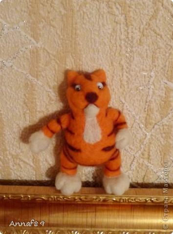 Хочу похвастаться своими игрушками из войлока. Делала их в подарок.  Карлсон, который живет на кухне :) фото 12