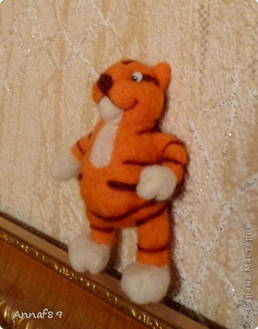 Хочу похвастаться своими игрушками из войлока. Делала их в подарок.  Карлсон, который живет на кухне :) фото 13