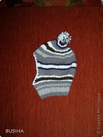 связала такую шапку-шлем (не нужен шарф,не дует в лицо, когда сильный ветер). внутри ткань(старая майка сына). фото 2