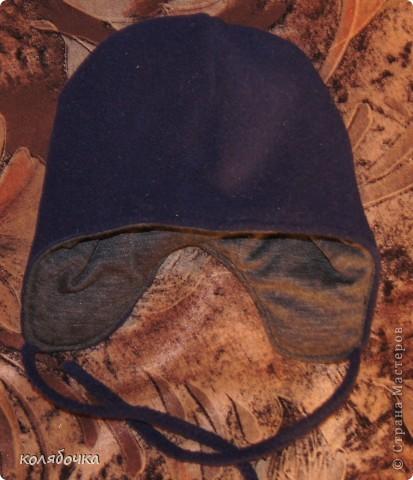 Из оставшегося кусочка флиса сшила Максу ещё одну шапку.Опять сама делала выкройку и на нём ещё ушивала. фото 2