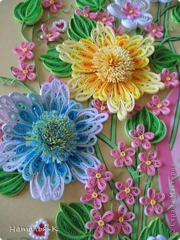 Картина панно рисунок День семьи Аппликация Квиллинг Семейное гнёздышко Бумажные полосы Картон Клей фото 10