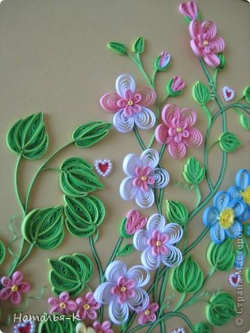 Картина панно рисунок День семьи Аппликация Квиллинг Семейное гнёздышко Бумажные полосы Картон Клей фото 12