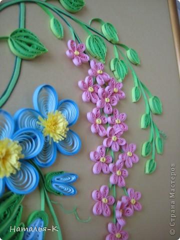 Вот такое сердечное гнёздышко в красивых зарослях цветов у меня получилось. У наших дочери и зятя 23 ноября - 10 летие со дня свадьбы!Картина для них, ну и конечно же ещё плюс денежный подарок. фото 15
