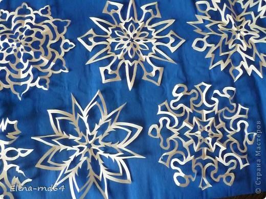 Поделка изделие Новый год Вырезание Опять снежинки +схемы Бумага фото 4