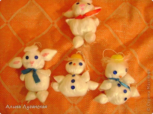 Детские снеговички и котики из полиэтилена-дёшево. Мини МК. фото 1