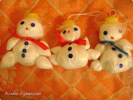 Детские снеговички и котики из полиэтилена-дёшево. Мини МК. фото 4