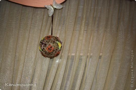 Огомное спасибо за подробный МК Ольге К https://stranamasterov.ru/node/25926?c=favorite Так понравилось крутить шарики для снеговичка, которого мы с сыночком решили смастерить в садик к Новому году, что я решила сделать вот такой вот шарик из простого шпагата.... фото 3