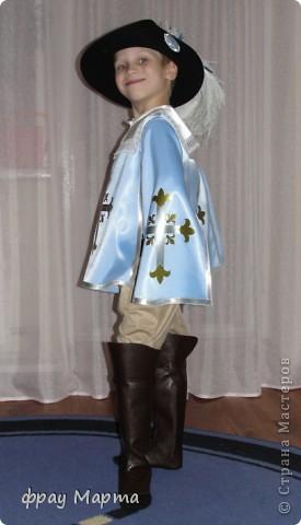 Отважный пират! Этот костюм шился в 2010 году для сына знакомой на садиковский утренник. Позднее костюм был доработан и дополнен новыми деталями. Думаю это уже окончательный вариант. фото 22