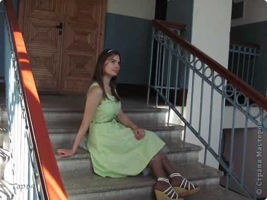 Сшила вот себе платье.. Успела в нем на свадьбу сходить к подружке. Потом еще подарочки выложу. Тоже сама делала, но вот сфотографировать времени не было. :) фото 2