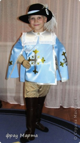 Отважный пират! Этот костюм шился в 2010 году для сына знакомой на садиковский утренник. Позднее костюм был доработан и дополнен новыми деталями. Думаю это уже окончательный вариант. фото 21