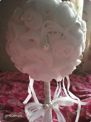 Этот топиарий сделан на свадьбу брата. Это мой первый топиарий из ткани. фото 6