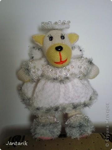 Незадолго до Нового Года народилась у меня вот такая Мишка-ангелок от Mirabilis с сайта Сатилина. Вся такая нежная,пушистая, на голове нимб,... фото 1