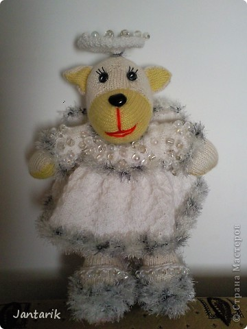 Незадолго до Нового Года народилась у меня вот такая Мишка-ангелок от Mirabilis с сайта Сатилина. Вся такая нежная,пушистая, на голове нимб,... фото 10
