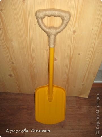 Вот так решила я преобразить лопатку сына.  фото 1