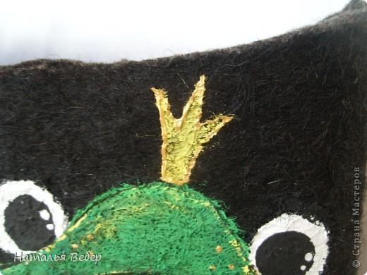 Вот так решила преобразить валенки нашей дочуры)))Лягушенции неслучайно,у нас костюм змниий именно в лягушачей тематике,тоже розово-зелёный!Вот так! фото 6