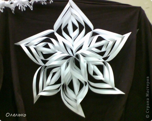 Снежинки из бумаги  звезда