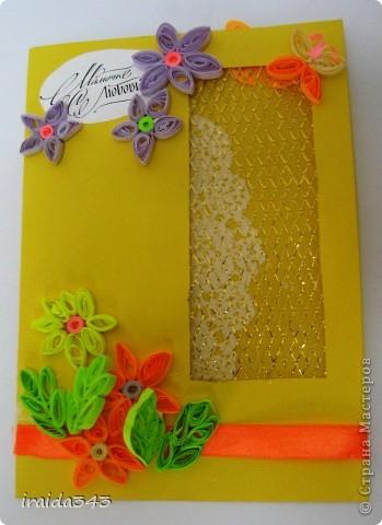 Попробовали с пятиклассниками крутить квиллинг. Получилось не очень, но решили первыми цветочками украсить открытки для мам. Освоили искусство картмейкинга фото 14